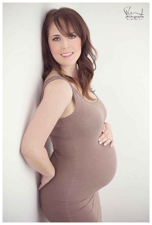 maternity photography Portland Oregon